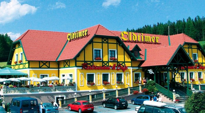 Autobahnrestaurant Pack Oldtimer