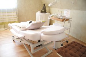 Massage Zimmer Einrichtung